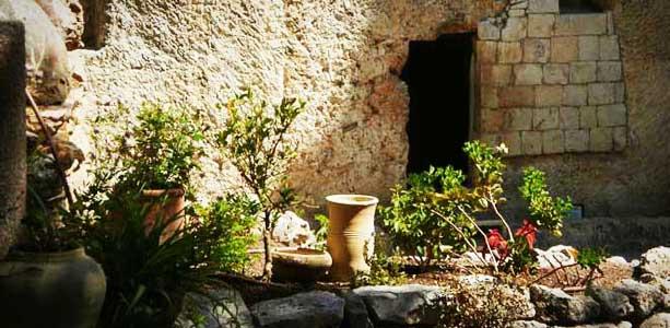 Christ's Garden Tomb